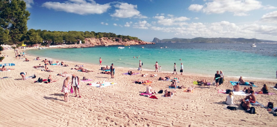 Spiaggia di Cala Bassa a Ibiza