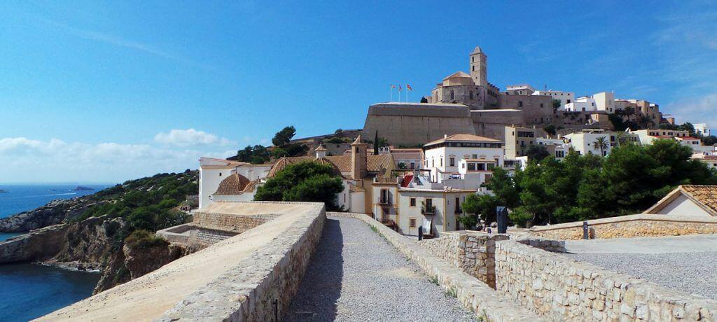 Cosa vedere a Ibiza - Dal Vila e il porto di Eivissa
