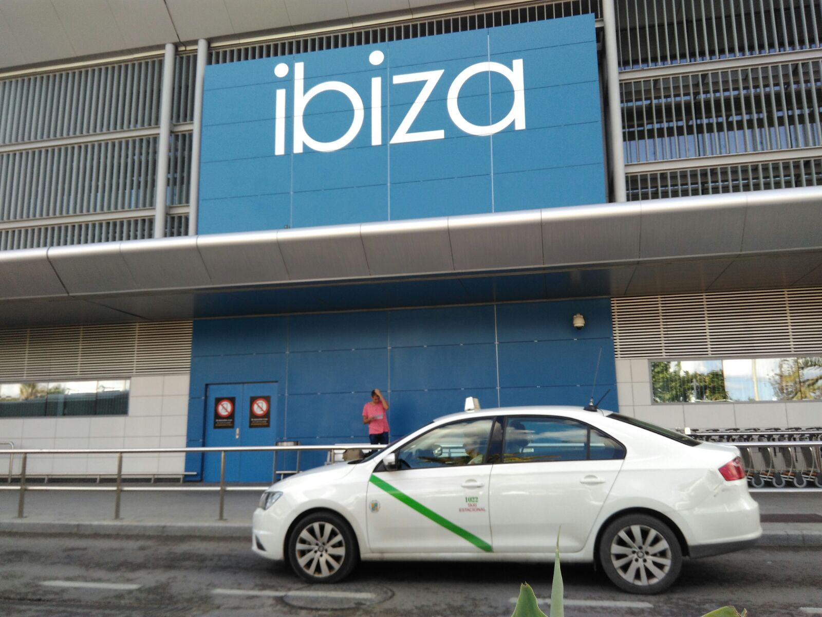 Aeroporto Ibiza : Taxi ibiza e formemtera scopri i costi my hotels