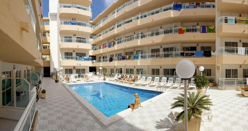 Appartamenti playasol 1 my hotels ibiza for Soggiorno ibiza