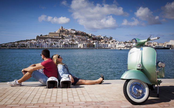 Vespa Ibiza - Vespe Ibiza - Legends Classic Motorcycles