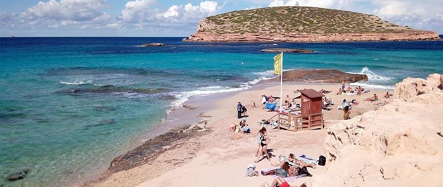 Spiaggia Cala Comte una delle spiagge piu famose di Ibiza