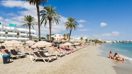 Appartamenti Playa den Bossa Ibiza