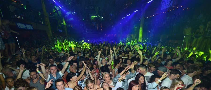 Una serata al Amnesia di Ibiza