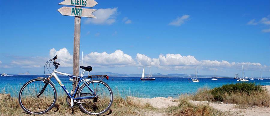 Una vista della spiaggia di Formentera