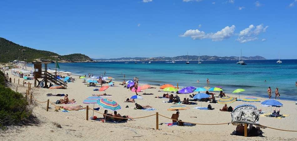 Spiaggia gay di Es Cavallet Ibiza